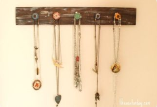 5PF - Necklace Hanger