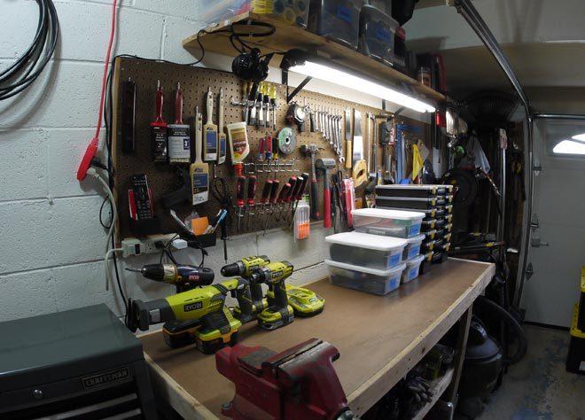 how to organize a garage workshop
