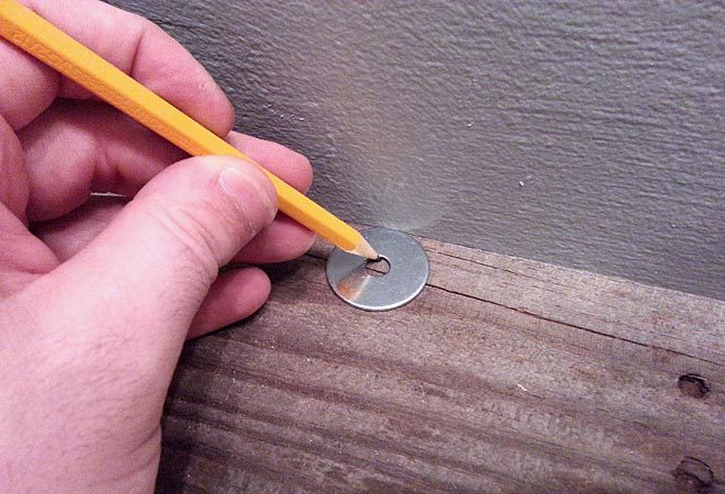 pencil and washer trick for scribing to wall