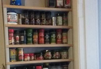 4PF - hanging pallet spice rack