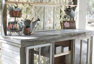 4PF - window potting bench