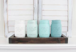 4PF - ombre painted mason jars in wood holder
