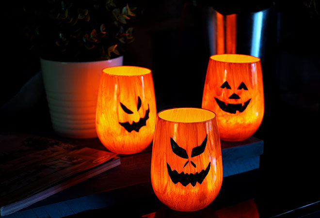 DIY Jack-O-Lantern candle holders